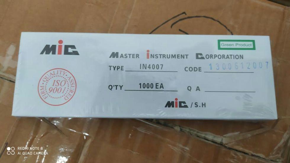 1000pcs Dioda IN4007 1N4007 1A