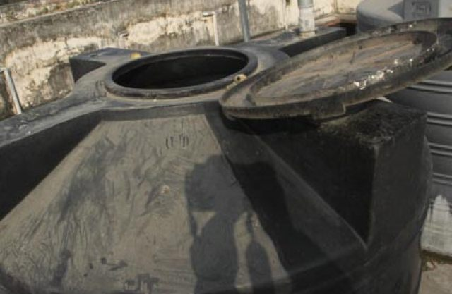 Image result for टंकी में रख गए पानी में बैक्टीरिया