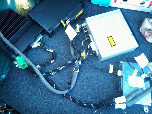 av plug wiring diagram fujitsu radio can't find voice module plug/harness in trunk! - jaguar forums enthusiasts forum