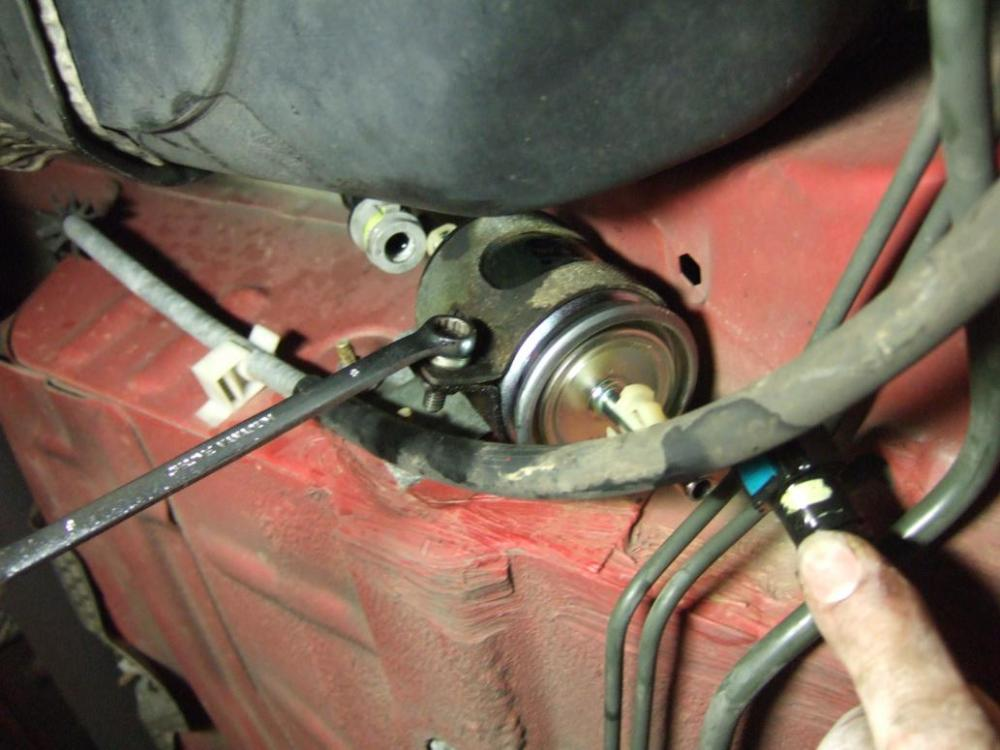medium resolution of just thinking about replacing fuel filter jaguar forumsjust thinking about replacing fuel filter