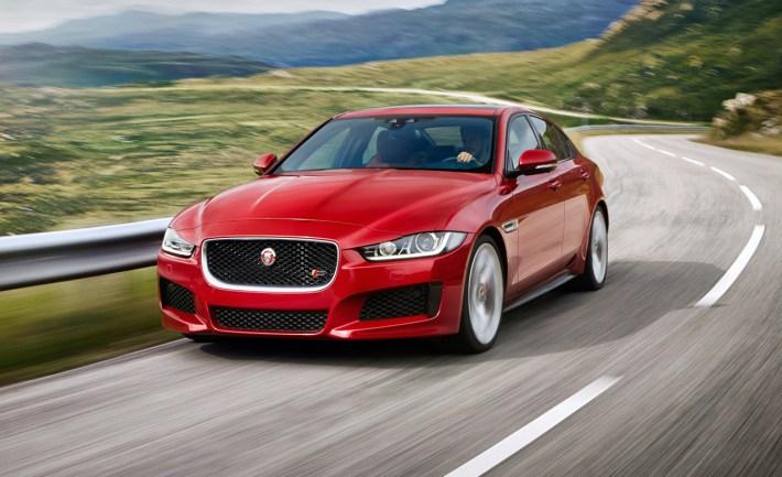 2017-jaguar-xe-sports-sedan-photos-and-info-news-car-and-driver-photo-629788-s-original