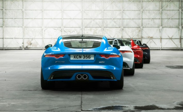 2016-Jaguar-F-type-British-Design-Editions-103-876x535
