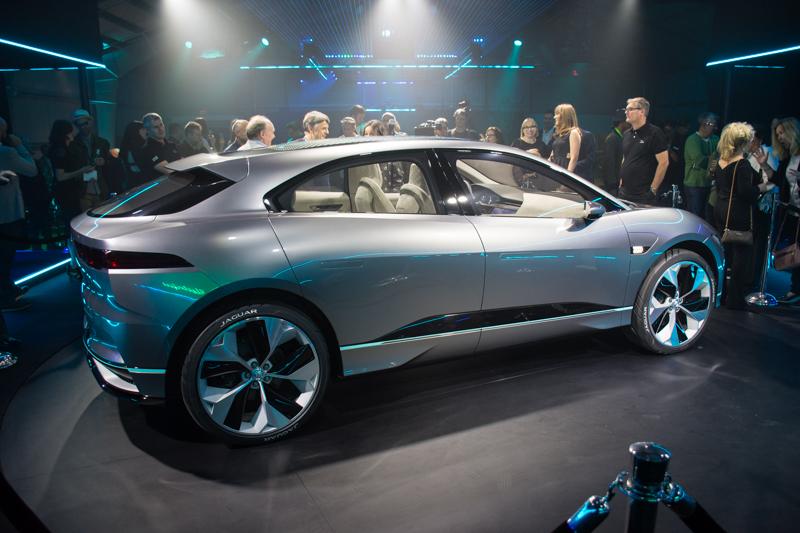 jaguar-i-pace-concept-suv-2