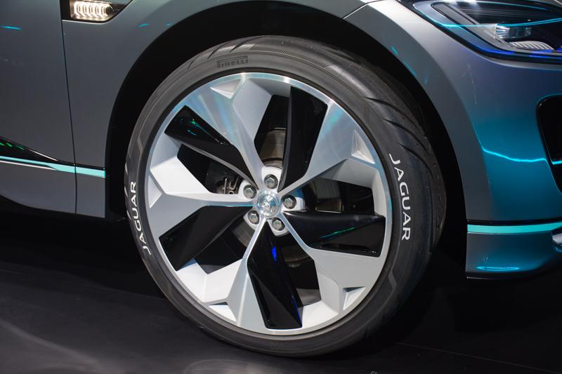 jaguar-i-pace-concept-suv-5