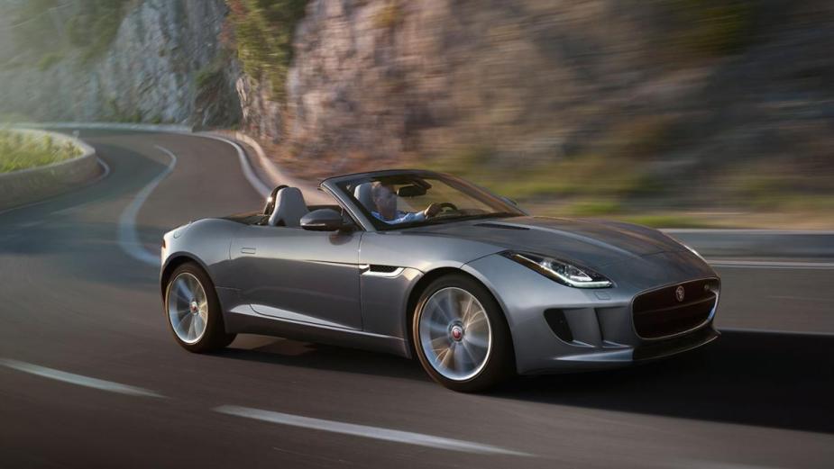 jaguar f-type v8s turo