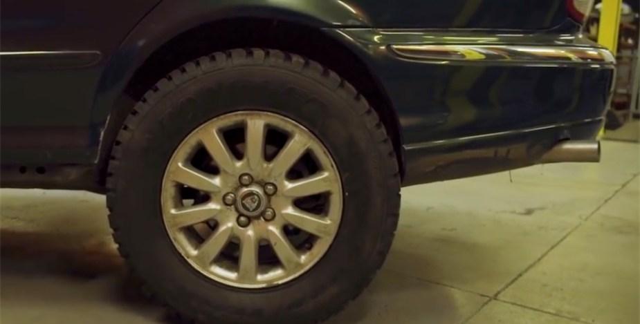 Jaguar Project Mud-Type off-road tires
