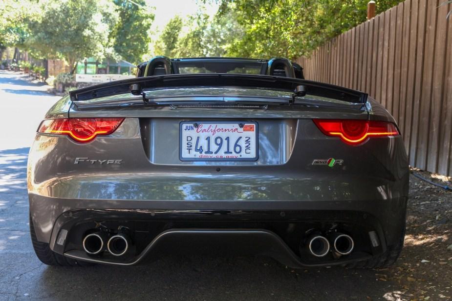 Jaguarforums.com 2017 2018 Jaguar F-Type R Convertible Canyon Drive Review