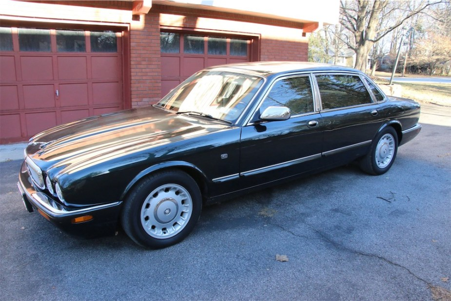 XJ8 Vanden Plas for under 4 grand.