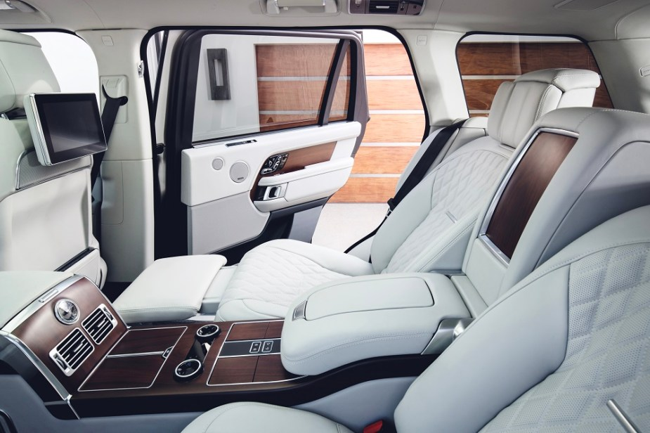 2019 Range Rover Everything You Need to Know Interior Options Price Color Off Road 4WD Details Jaguarforums.com P400e hybrid electric
