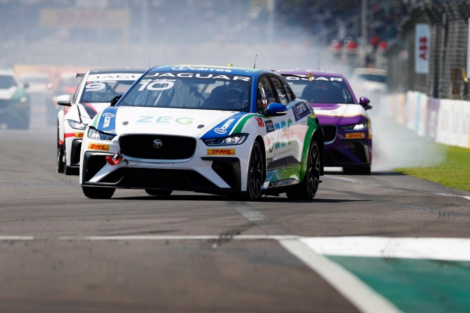 Katherine Legge Wins Jaguar I-PACE eTROPHY Mexico City 2019 FIA Formula E Race Jaguarforums.com