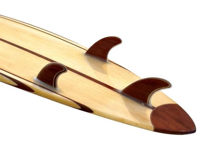10'-Gun-Balsa-Wooden-Surfboard-fin-detail