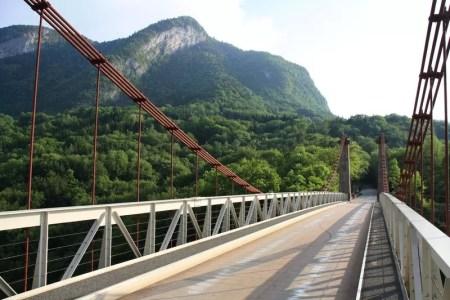 pont sur le torrent du Chéran