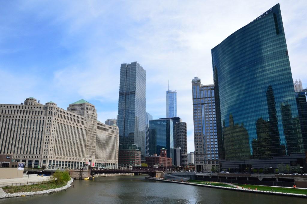 Visiting Chicago during the Marathon | Chicago Marathon| Too Crowded Chicago | JaimeSays