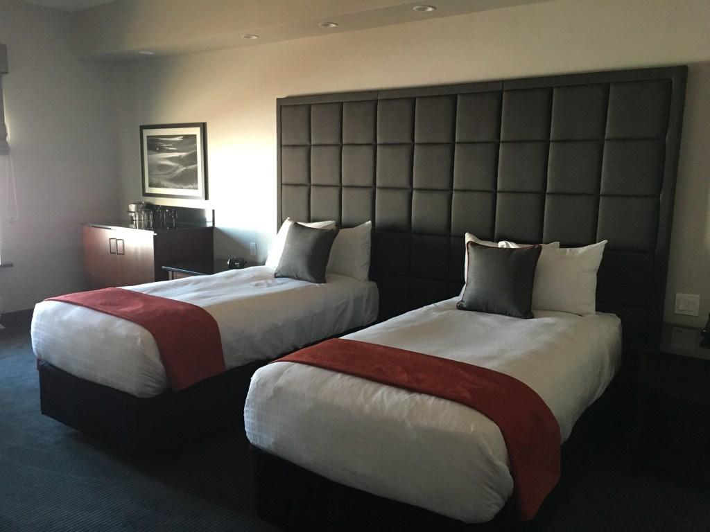 Inn at Woodlake| Horizon Suite| Girlfriends Spa Getaway in Kohler, Wisconsin c/o JaimeSays