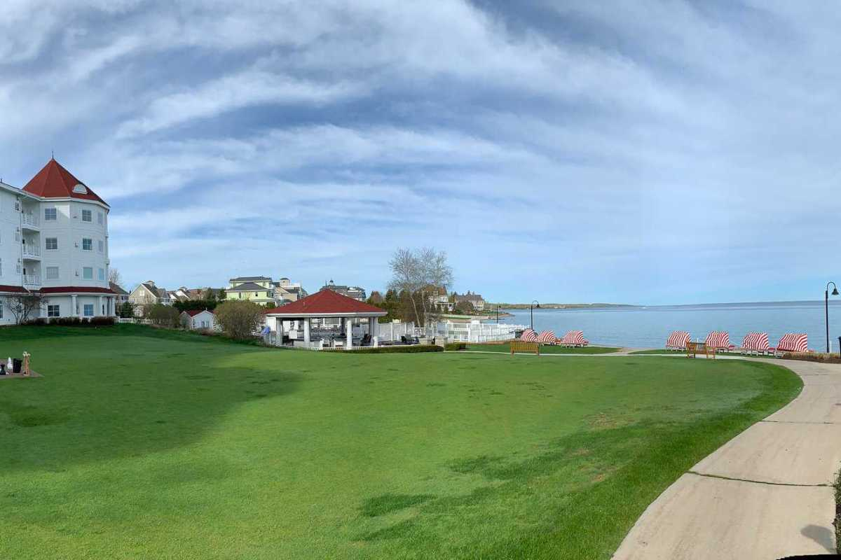 the Inn at Bay View for a weekend in Petoskey-things to do in Northern Michigan