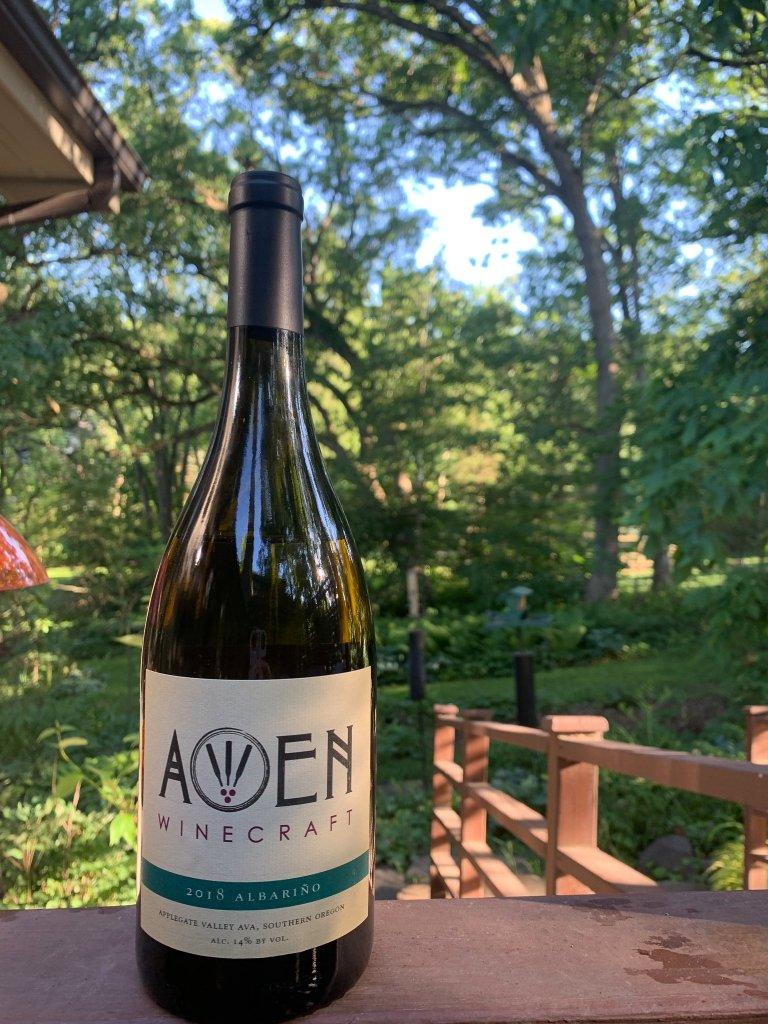 Awen Winecraft Albarino