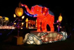 chiang-mai-loy-krathong-parade