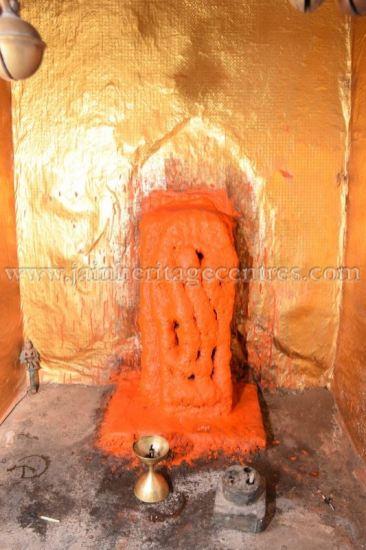 ancient_digambar_jain_temple_-_gogha_-_gujarat_20160517_1186783602