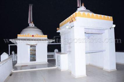 ancient_digambar_jain_temple_-_gogha_-_gujarat_20160517_1489112068