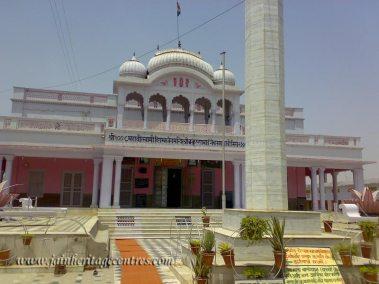 mahavirji_20111021_2000732759