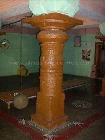ancient_sri_vijaya_parshwanatha_swamy_temple_chamarajanagar_20120907_1504301488