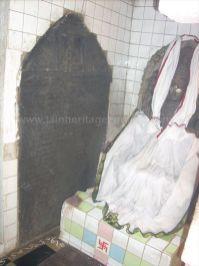 ancient_sri_vijaya_parshwanatha_swamy_temple_chamarajanagar_20120907_1568424288