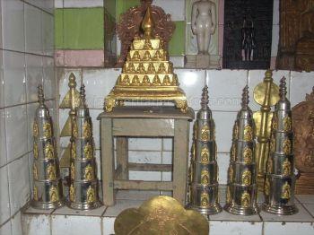 ancient_sri_vijaya_parshwanatha_swamy_temple_chamarajanagar_20120907_1794723617
