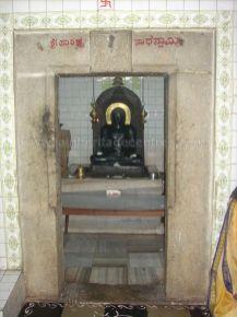 ancient_sri_vijaya_parshwanatha_swamy_temple_chamarajanagar_20120907_1975505985