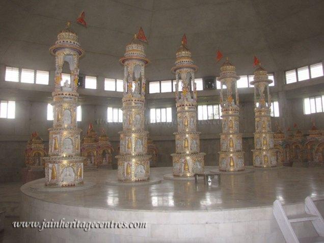 hastinapur_-_badamandir_complex_20111021_2035687734