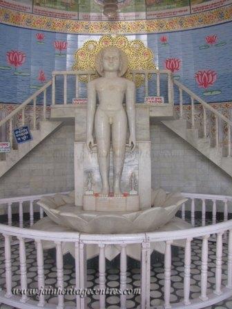 hastinapur_-_jambudweep_complex_20111021_1869498753