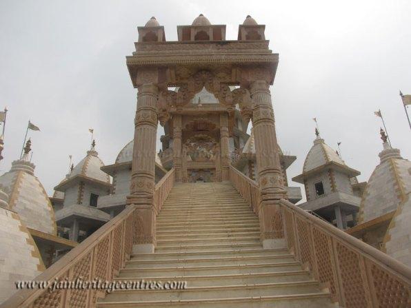 hastinapur_-_kailash_parvat_mandir_20111021_2031861149