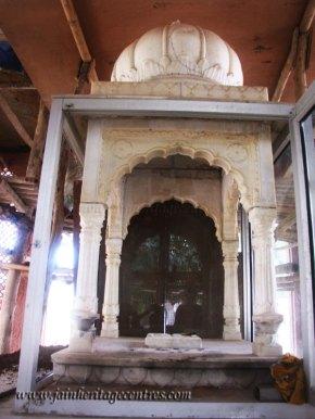 hastinapur_-_nishiyaji_20111021_1089891083