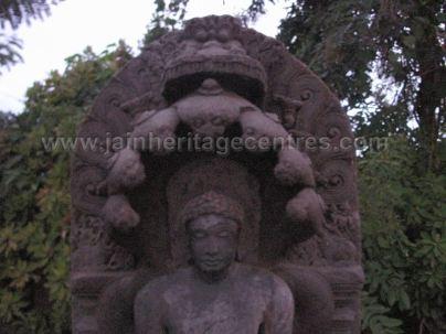 sri_chandranath_swamy_digambar_jain_temple_kelasuru_20131128_1581129427