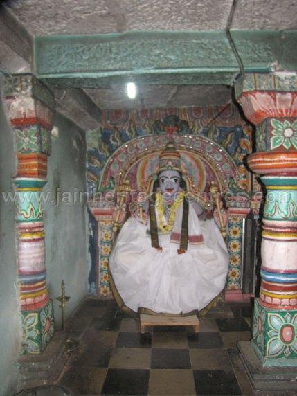 sri_chandranath_swamy_digambar_jain_temple_kelasuru_20131128_1827817883