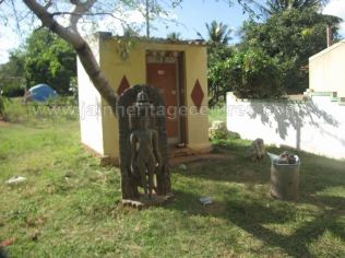 jain_ruins_of_kumarabeedu_mysore_district_karnataka_20131216_1009617998