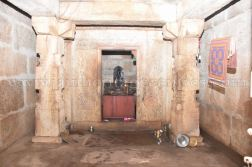 sri_sheetalanath_swamy_digambar_jain_temple_uttameshwara_20141116_1232139253