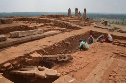 Aratipura-ASI-Excavated-Jain-Site-K-Bhagyaprakash-003