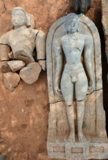 Rishabhanatha, also called Adinatha. The plainness of the sculpture is characteristic of the sculptures of the Ganga period. Photo:K. BHAGYA PRAKASH