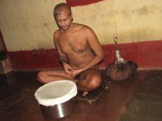 digambar_muni_ahara_-_muni_108_sri_namisagarji_20121019_2010965526