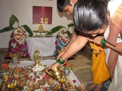 kalikundala_aradhana_20121019_1283091694