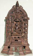 new_delhi_-_bronze_idol_at_national_museum_20120524_1113905006