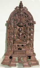 new_delhi_-_bronze_idol_at_national_museum_20120524_1113905006