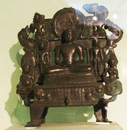 new_delhi_-_bronze_idol_at_national_museum_20120524_1638384098