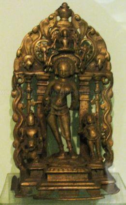 new_delhi_-_bronze_idol_at_national_museum_20120524_1653582008