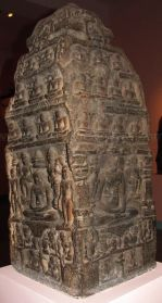 new_delhi_-_stone_idols_at_national_museum_20120524_1150201248