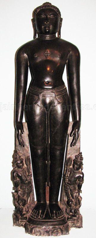 new_delhi_-_stone_idols_at_national_museum_20120524_2094837181