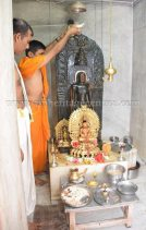 nithya_pooja_-_sri_kote_shanthinath_swamy_digambar_jain_temple_mysore_20150606_1347920806