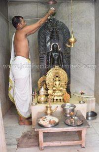 nithya_pooja_-_sri_kote_shanthinath_swamy_digambar_jain_temple_mysore_20150606_1348567900