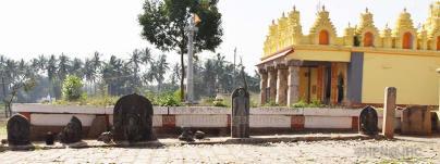 Jain ruins at Varuna, Mysore District, Karnataka, India. - Photo by HPN@JHC