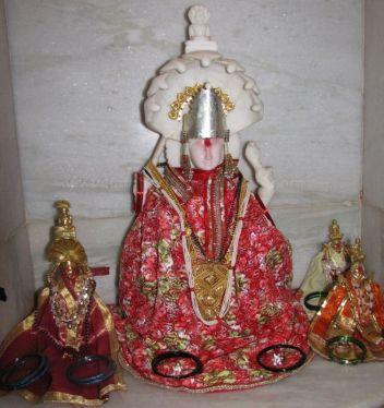 adinatha_digambar_jain_temple_madgaon_goa_20120711_1769441372